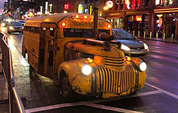"Cover ""Bus"" Spotted in Music City"
