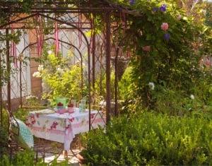 secret-garden-feat-1
