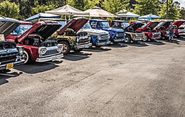BEHIND THE SCENES AT THE 2018 FORD F-100 SUPER NATIONALS The beautiful Smoky Mountains offer great views and experiences for those willing. And what better place to host a gigantic Ford-only truck show?