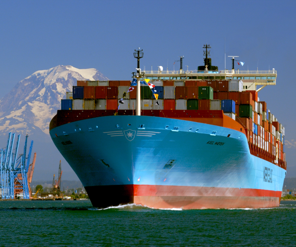 container shipping, export, import, green ,eco-friendly, slow steaming, super slow steaming