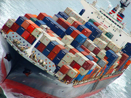low freight rates for shippers international shipping