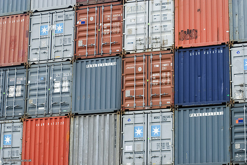 freight forwarder shipping containers
