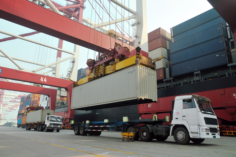 Truck, chassis, shipping container