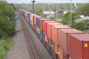 shipping_containers_rail_BNSF_Policy_Change