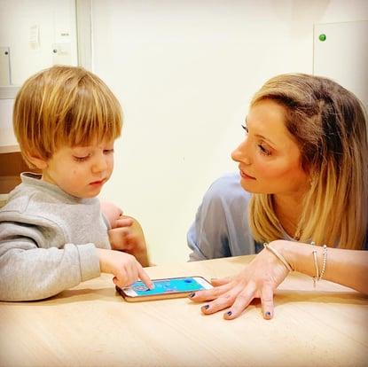 En English for Fun, respectamos a niños y empoderamos a ellos. Veis Jill, Fundadora, a nivel del niño, educando en tecnologia y las cosas importantes del siglio 21.