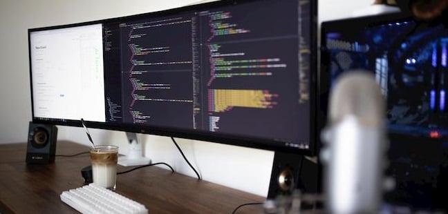 Zakelijke computer, laptop of telefoon gehackt? Dit is wat u moet doen