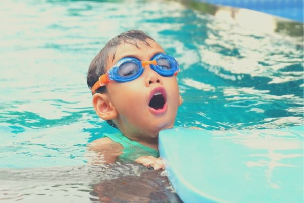 How to Teach Your Child Breath Control when Swimming - The Swim Revolution