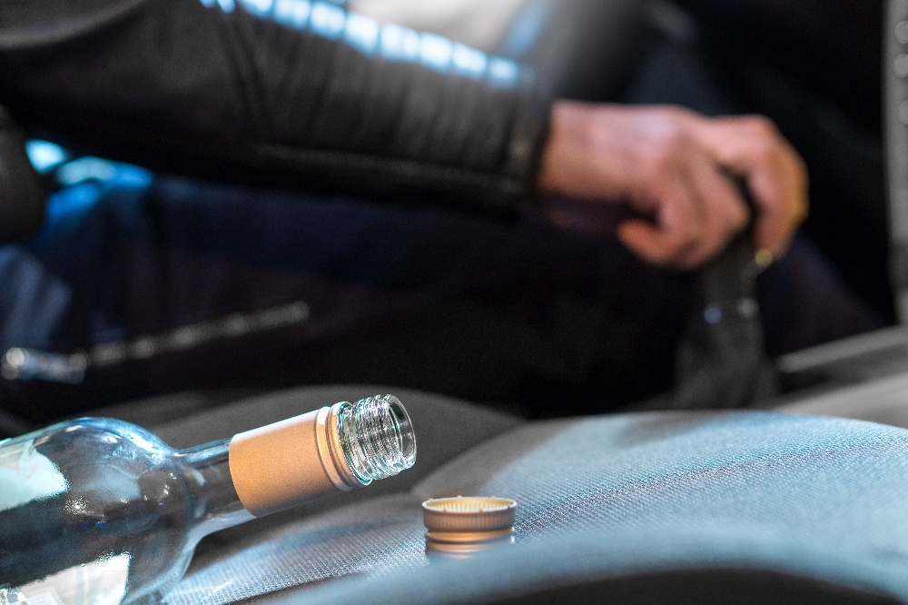 How To Spot an Impaired Driver—And What To Do