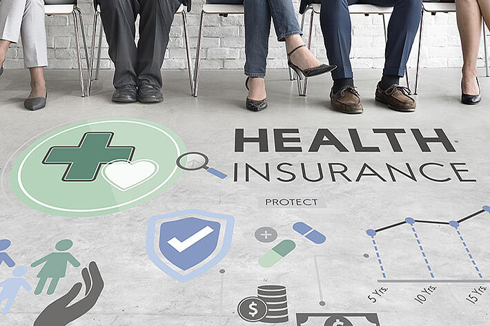 how many employees qualify for group insurance