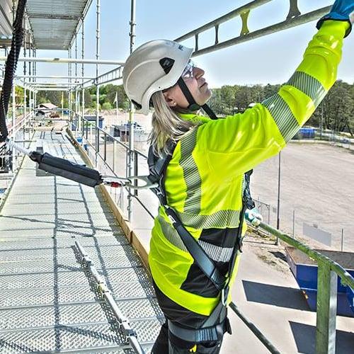 Työskentele turvallisesti katolla