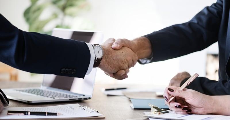 Motivering concurrentiebeding in een arbeidsovereenkomst voor bepaalde tijd niet snel voldoende