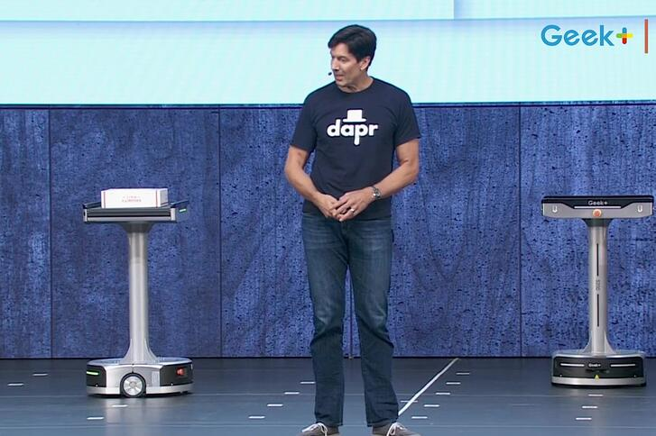 Geek+ robots in the spotlight at Microsoft Ignite: Microsoft demonstrates future of cloud data application with Geek+ AI robotics sorting solution.