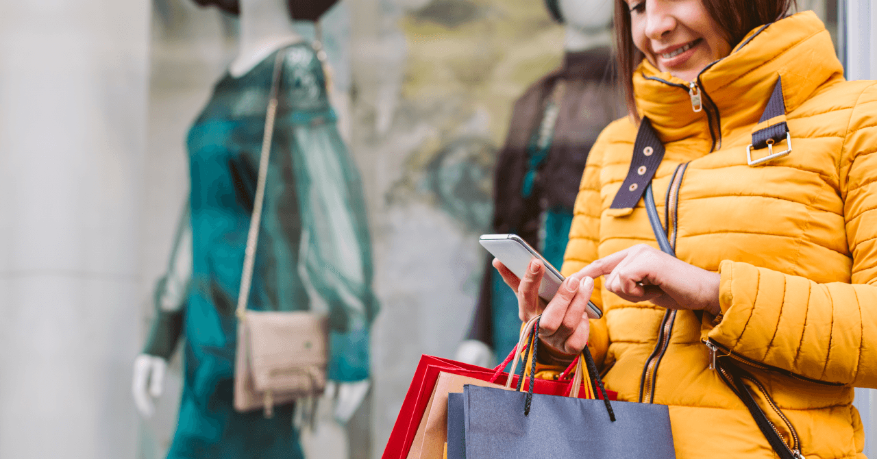 Customers Expect Same Holiday Shopping Experience Online and In Store