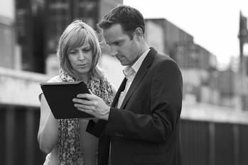 Business-people-using-digital