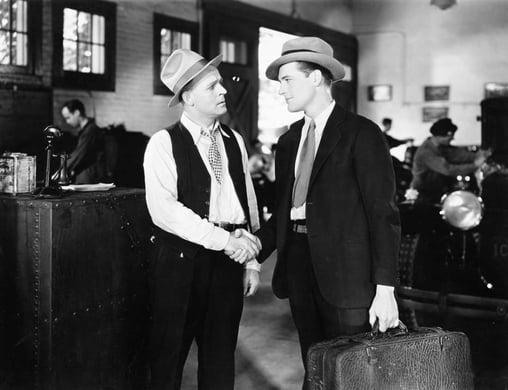 old-fashioned-handshake-twitter