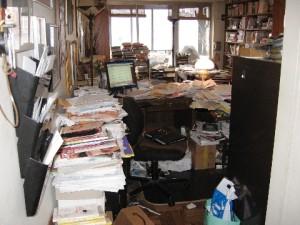 office-clutter-300x225