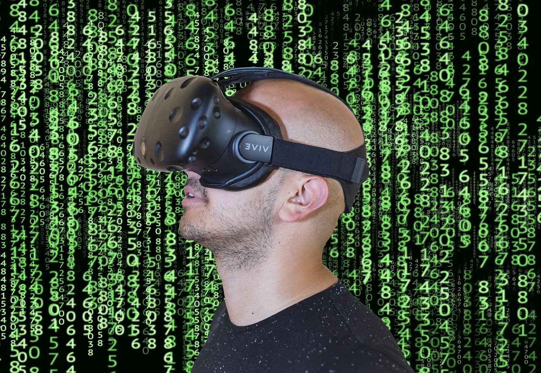 virtual-reality-3410937_1280 (1)