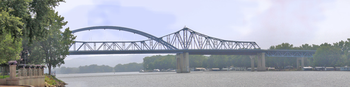 mississippi river bridges La Crosse WI