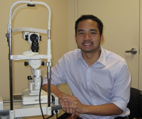 how to become a therapeutic optometrist