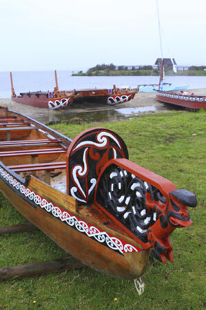 new_zealand_maori_boat_thinkstock