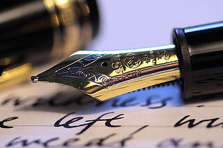 journal-with-fountain-pen