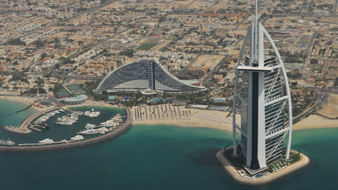 How to Make Moving to Dubai Smooth and Easy