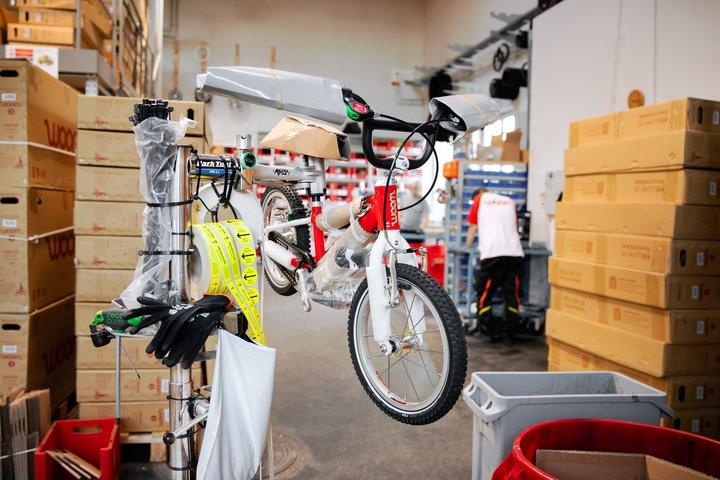 woom 2 Fahrrad beim Quality Check