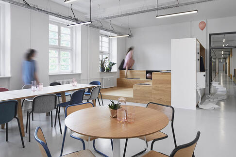 De Vorm for Office | 3 Working Spaces Designed With People in Mind