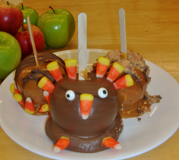 Thanksgiving Caramel Apples