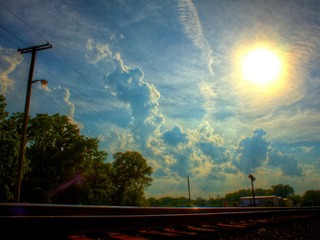 2014-16-December-sun-in-cloudy-sky-thumb-320x240-26760.jpg