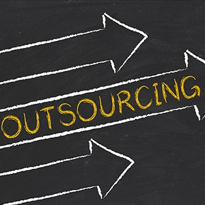 Insource_vs._Outsource.jpg