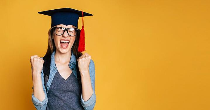 Don't Make These 3 Mistakes While Hiring Recent Grads