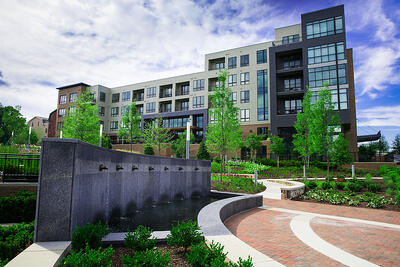 mixed-use-plantings-design-water-feature-mulching