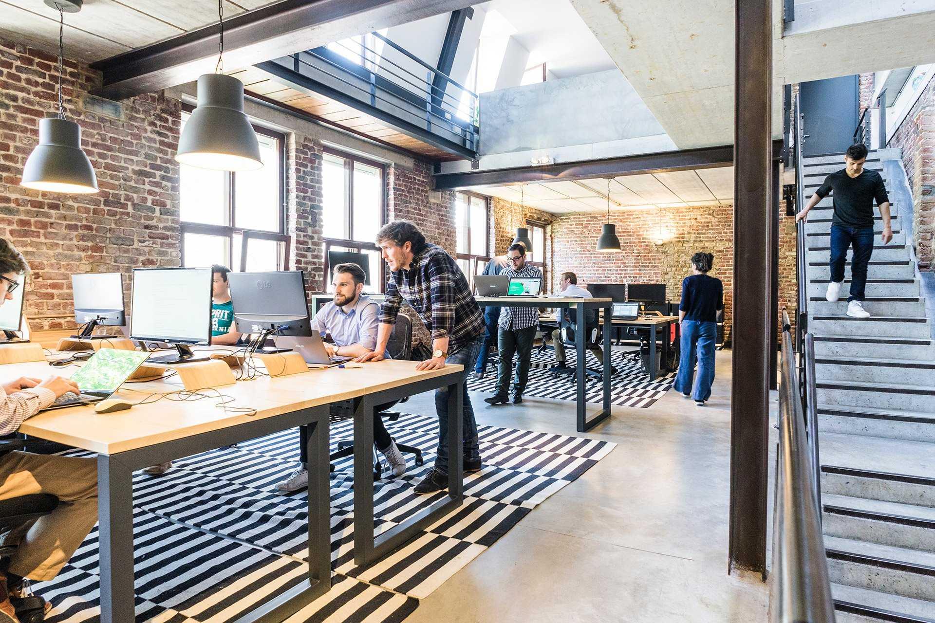 startup-office-1