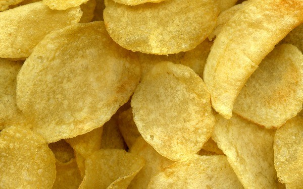 potato chips resized 600