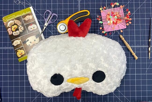 Barnyard Buddies Jelly Bean Faces Pillow Tutorial (with Video)
