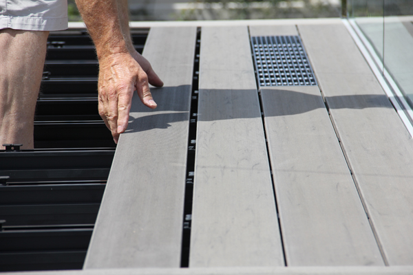 Decking Materials, Timber Deck Alternative OUTDURE blog NZ ...  Aluminium
