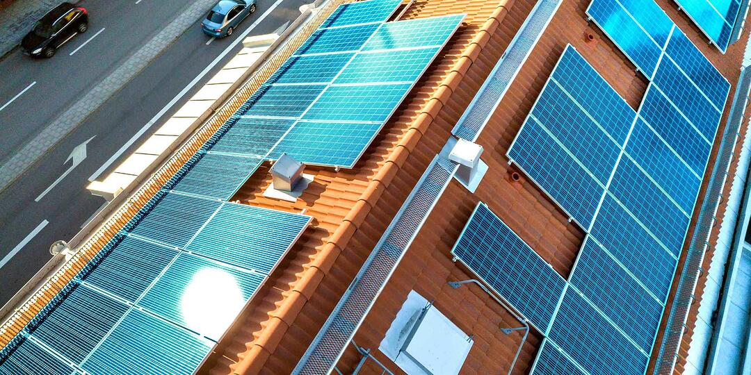 Bild PV-Anlage auf Dach