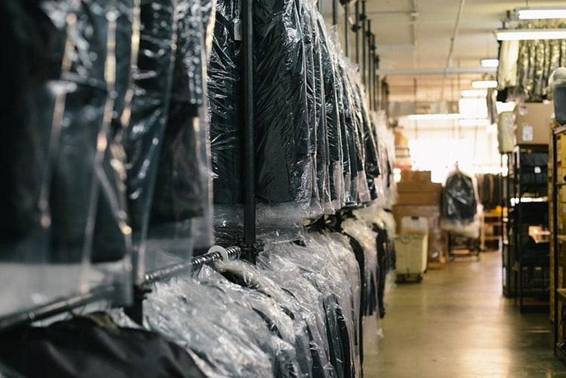 How to expand your clothing business into new markets with STYLEman software