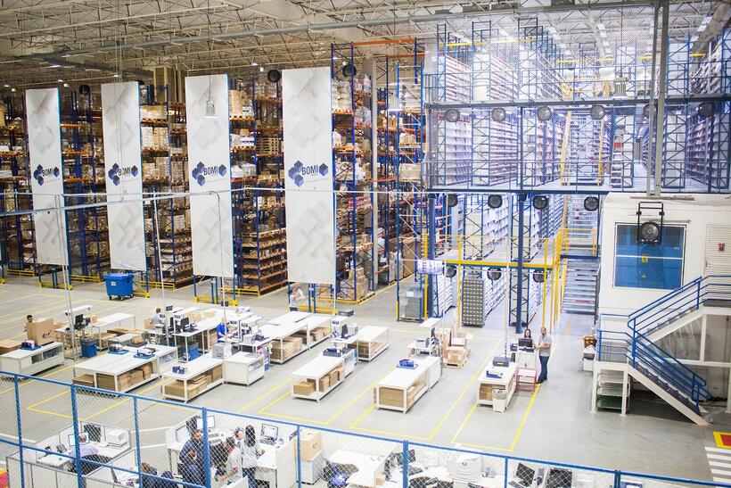 7 tips for improving warehouse management in the fashion industry
