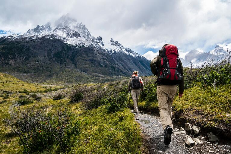 Network Auction: a gift guide for adventure lovers