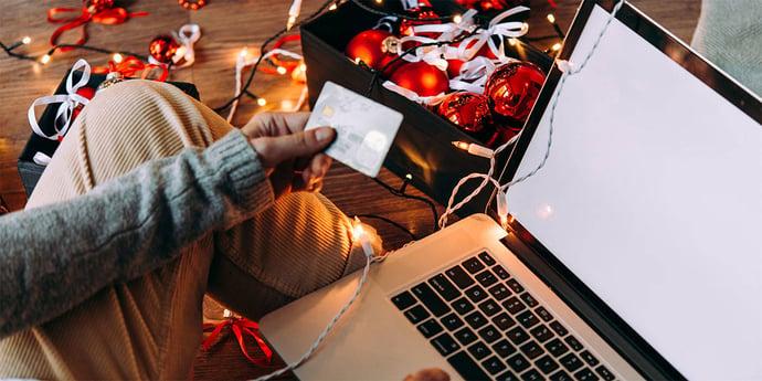 Neun von Zehn Verbrauchern shoppen bereits für Weihnachten