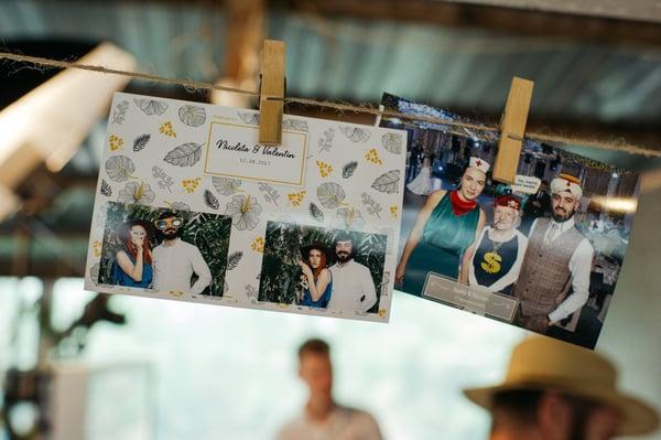 Top 3 modele de poze la cabina foto pentru nunta
