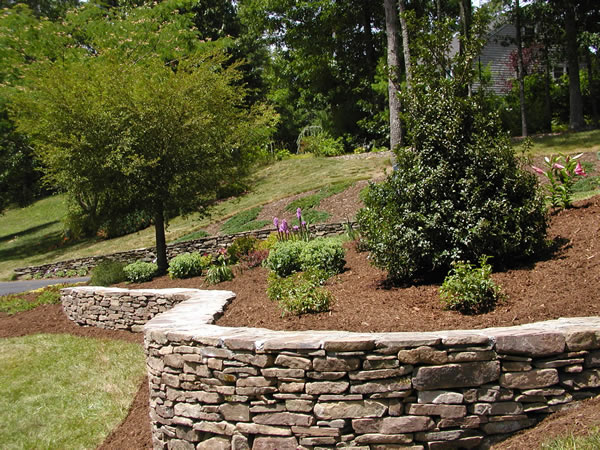 decorative concrete retaining wall