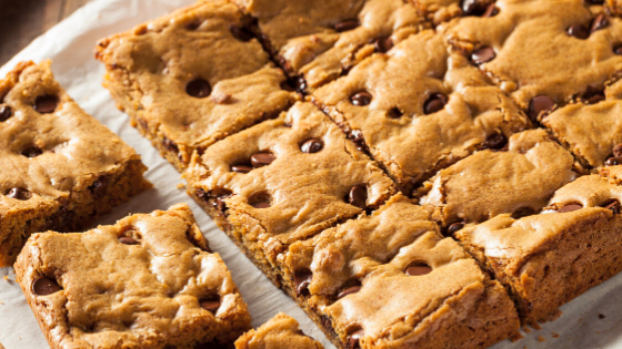 Vegan Fudgy Peanut Butter Blondie Recipe