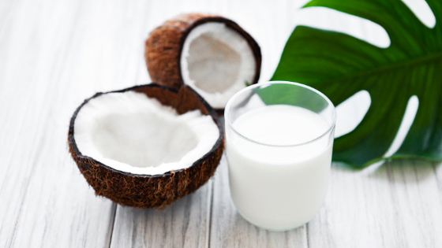 VHomemade Coconut Milk