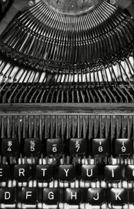 old typewriter 1113326 m