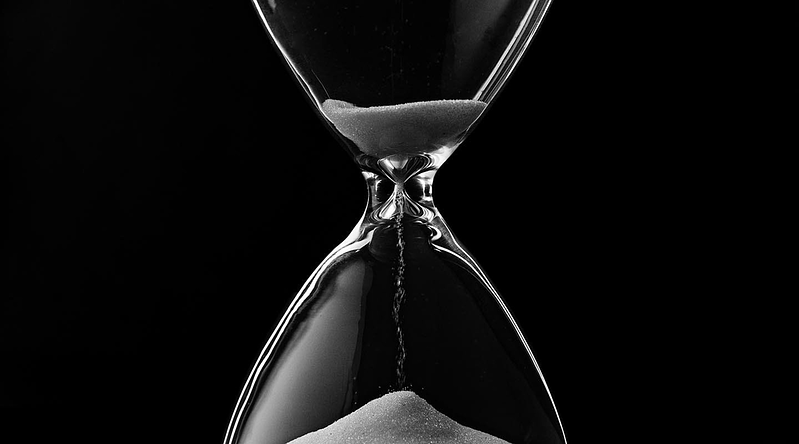 The Value of Time in Corporate Crisis Response