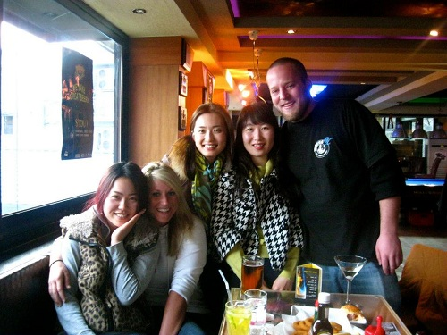 Learn how much you can earn teaching English in South Korea