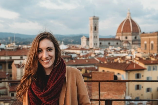 What Type of Visa Can I Use to Teach English in Italy?